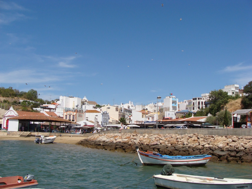 Discover Car Hire Portugal